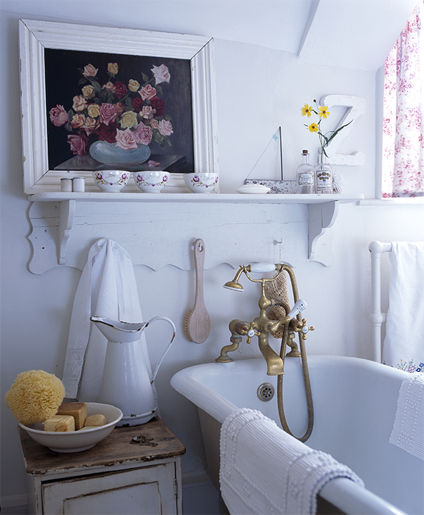 Bathroom Decorating Ideas Uk small bathroom decorating ideas - small spaces