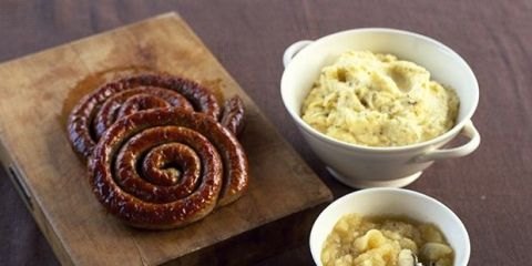 Cumberland sausage with mustard mash and apple sauce recipes for How to cook cumberland sausage ring