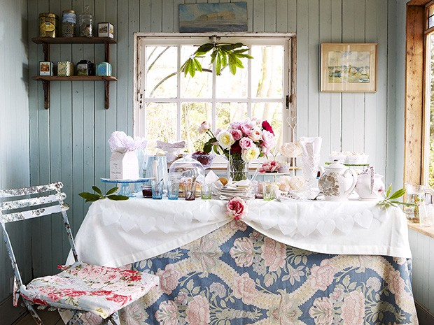 Set The Scene For A Country Tea Party Afternoon Tea