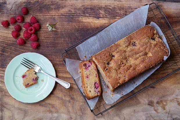 Hazelnut Cake Recipes Uk: Raspberry Loaf With Hazelnut