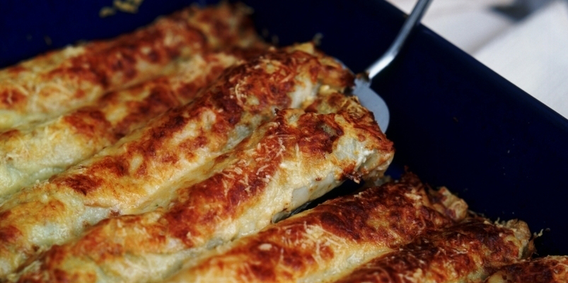 Savoury pancake day recipe pancake cannelloni with spring for Country living magazine uk recipes