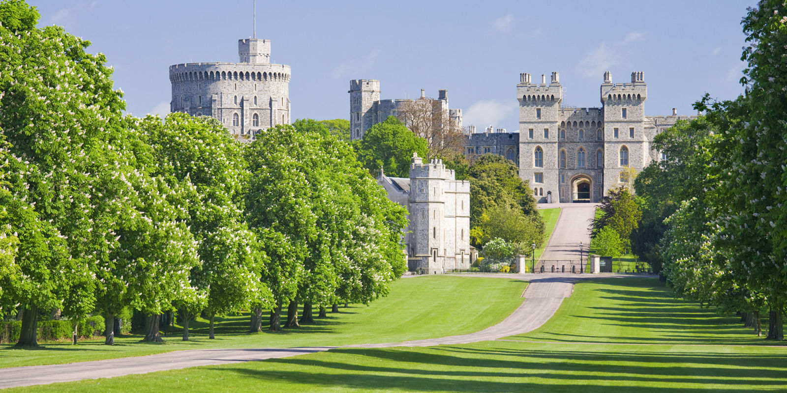 the queen is hiring a gardener at windsor castle
