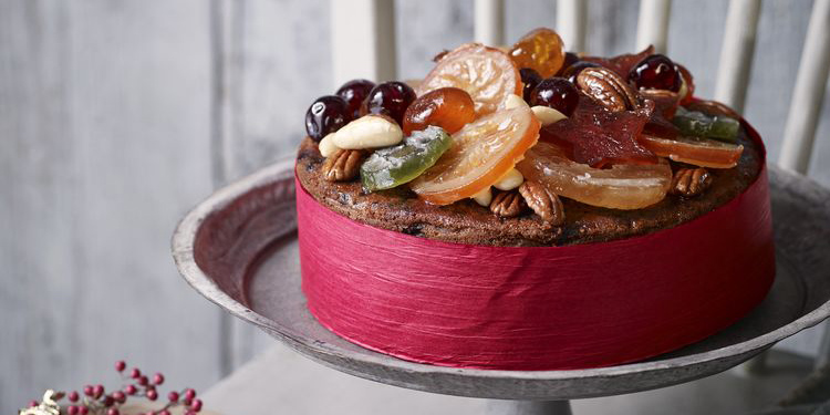 Christmas dessert recipe jewelled fruit cake for Decoration glace