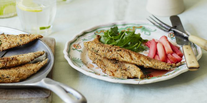 Oatmeal Mackerel With Sweet And Sour Rhubarb Relish Fish