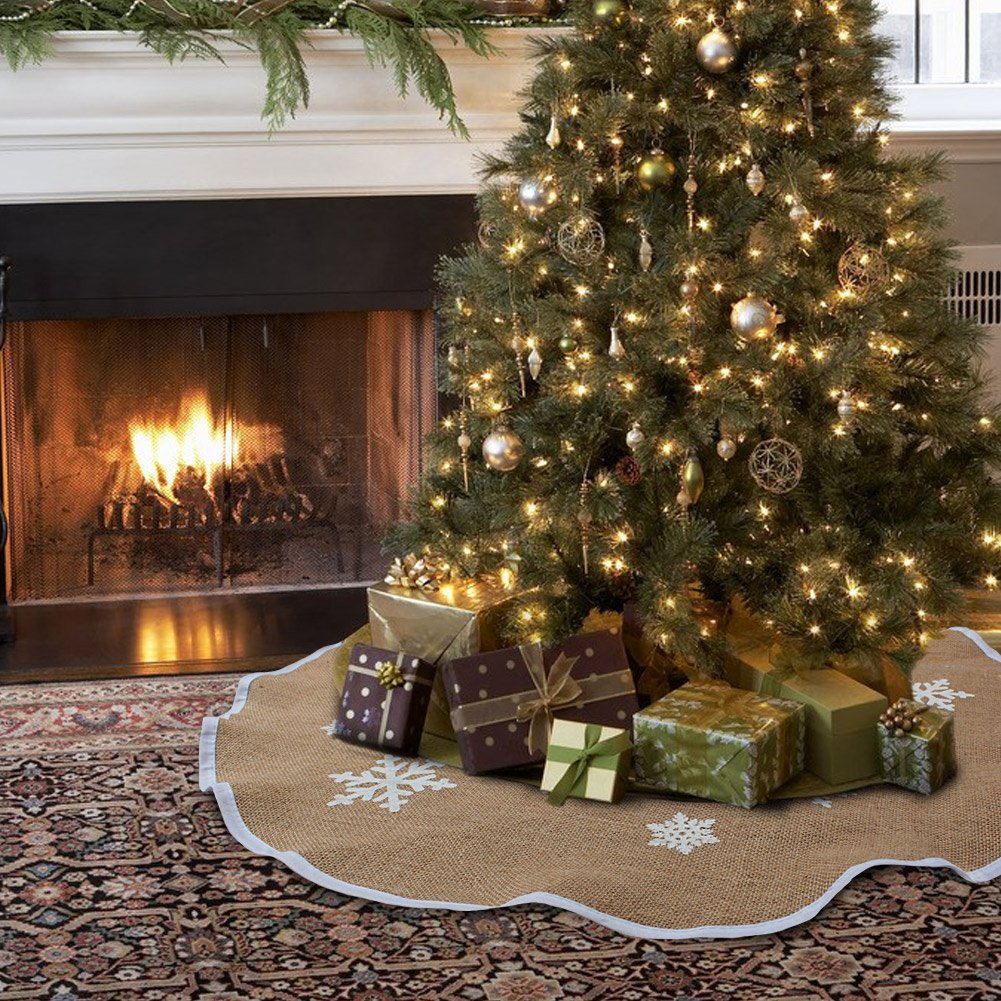 Best Christmas tree skirts - Wicker, willow and silver ...
