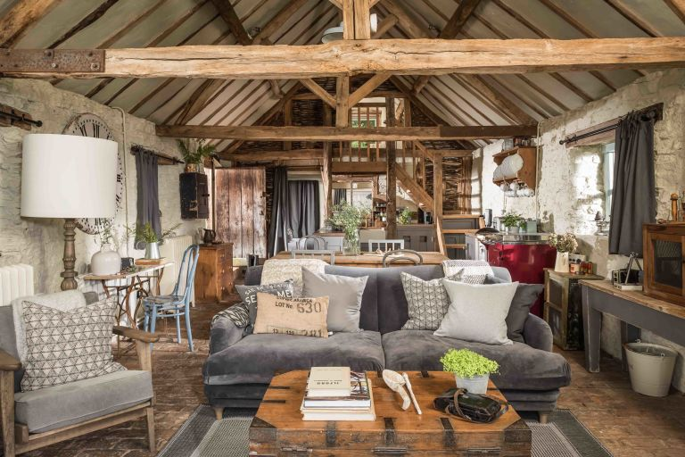 This 16th-century, rough-luxe holiday barn offers a slice of ...