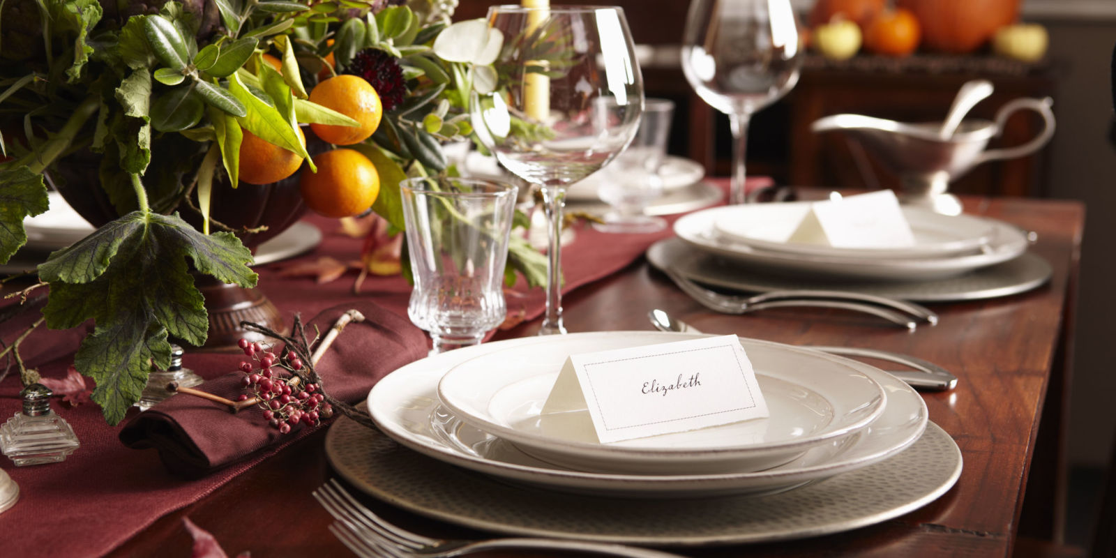 This Is The Exact Time You Should Always Leave A Dinner Party