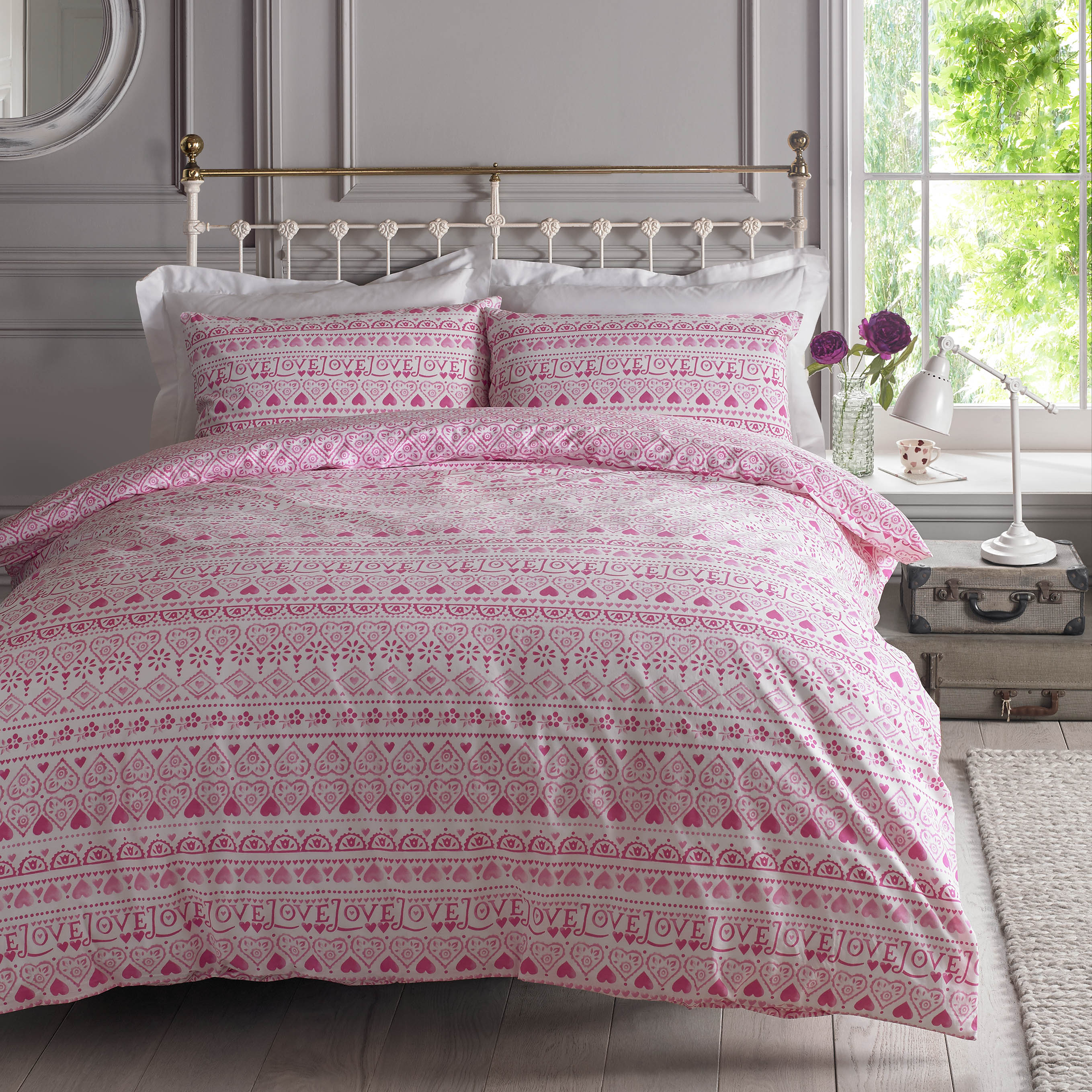 emma bridgewater launches a gorgeous new bedding range for. Black Bedroom Furniture Sets. Home Design Ideas