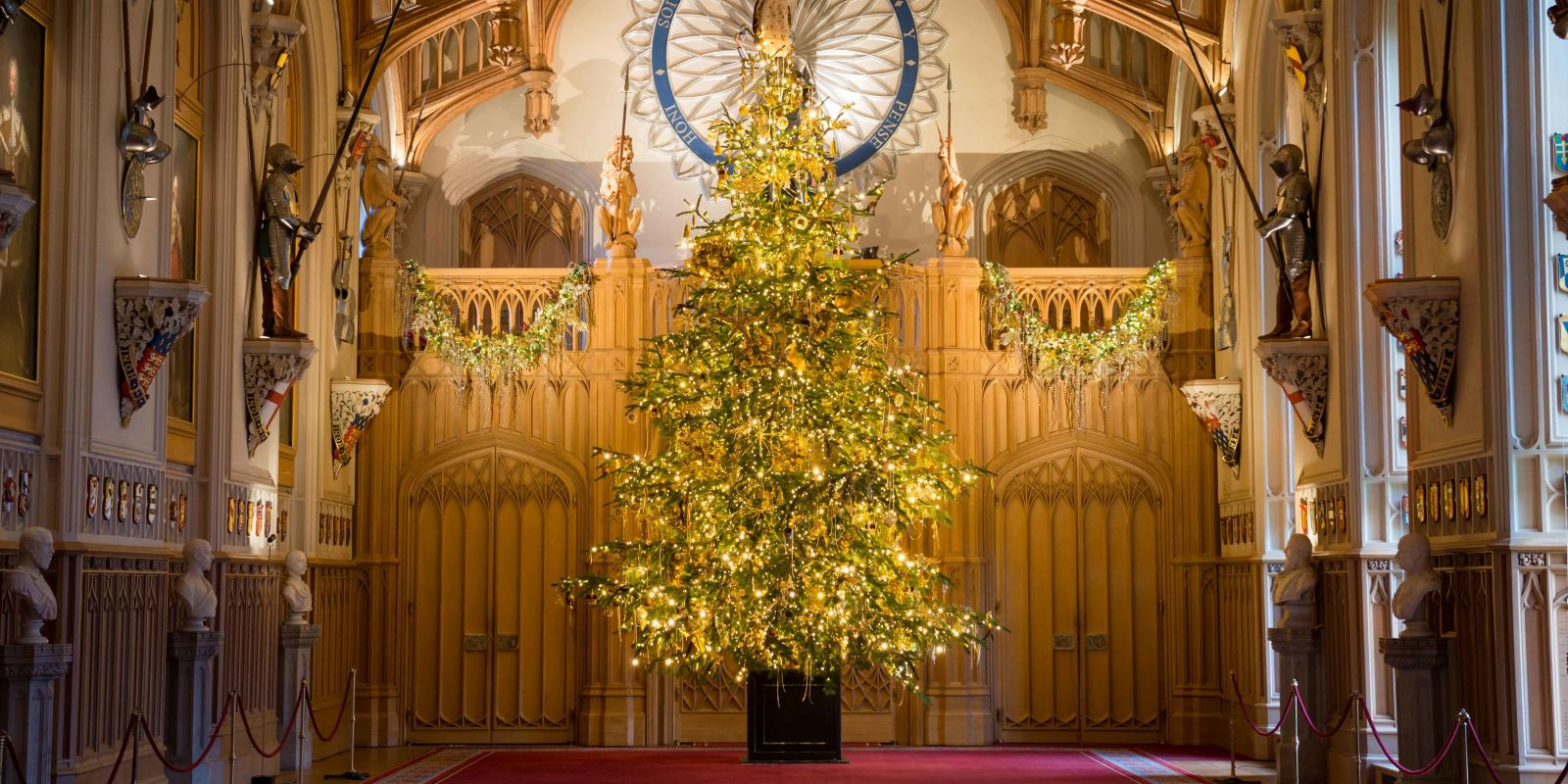 Windsor Castle at Christmas - How the Queen's royal